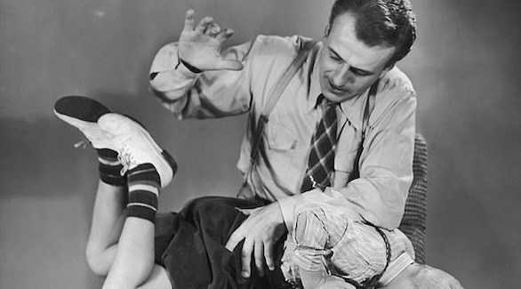 الطب النفسي ينصح بتجنب ضرب الأطفال على المؤخرة.. لهذا السبب