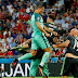 Cristiano voa, iguala recorde e Portugal está na final
