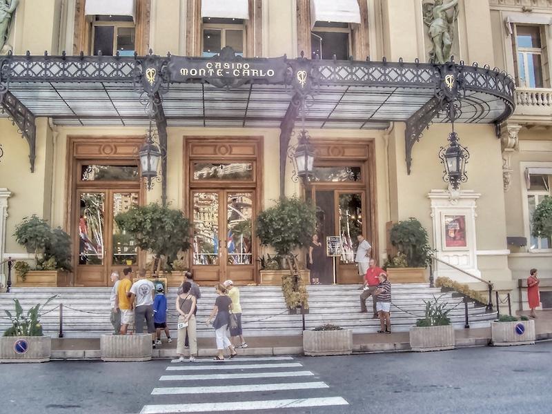 Monte Carlo kasyno, Monako ciekawostki, Monako powierzchnia, Monako atrakcje, Monako co zobaczyć, gdzie zjeść w Monako, Monako w jeden dzień, Monako samochodem, Monako ciekawe miejsca