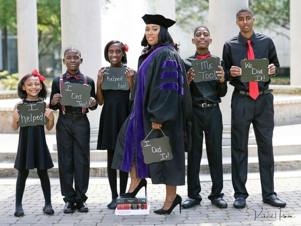 A Single Mother Of Five Defies The Odds And Graduates From Law School