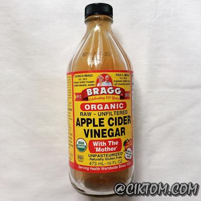 Cuka epal jenama Bragg