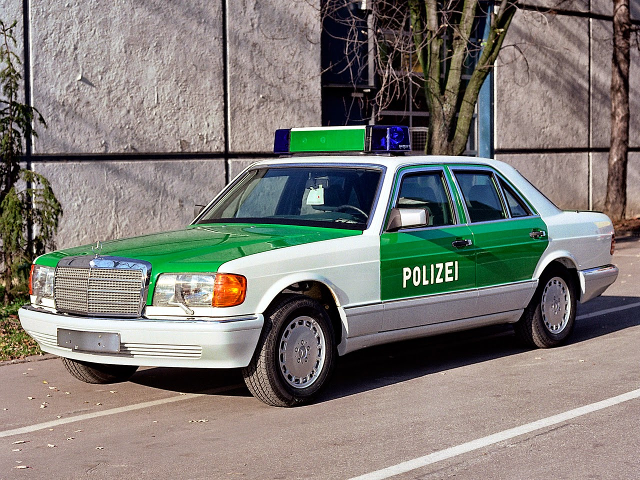 BENZTUNING: Evolution Of German Police Cars