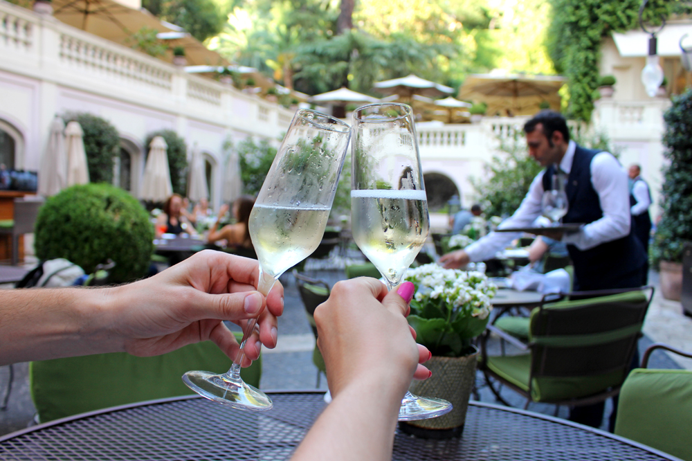 Champagne at the Stravinskij Bar, Hotel de Russie, Rome - style & travel blog