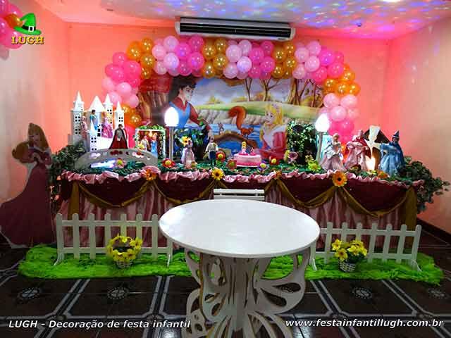 Decoração infantil festa Aurora - A Bela Adormecida - Aniversário temático - Decoração tradicional luxo