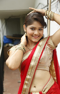 Telugu-actress-Haritha-hot-saree-navel