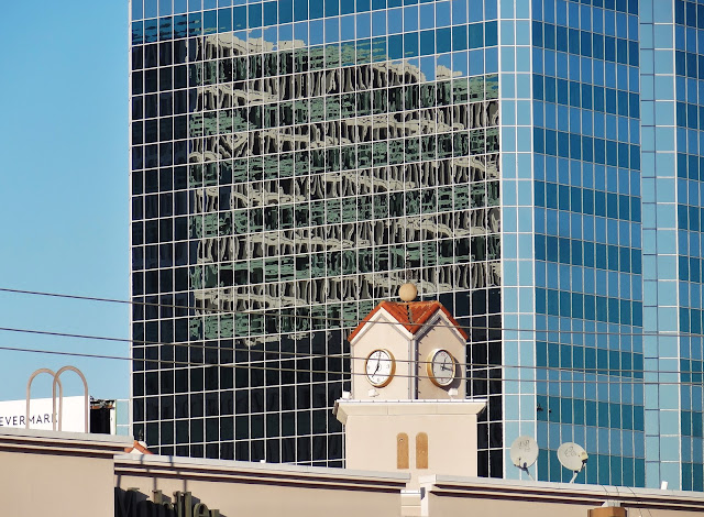 I 69 Southwest Freeway - Greenway Plaza Office Tower