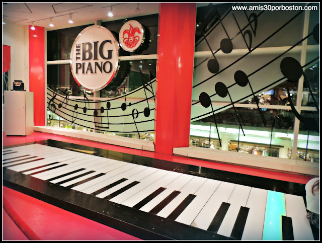 FAO Schwarz: The Big Piano