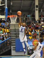 John Nunnally seized the moment for a dunk at the 2015 Paradise Jam Basketball tournament.