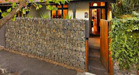 Rock fence design ideas