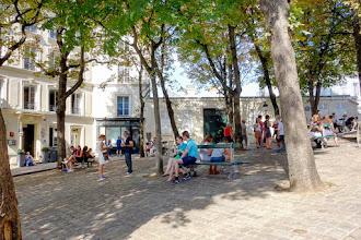 Paris : La place Emile Goudeau et le Bateau-Lavoir, le mythe artistique de Montmartre - XVIIIème