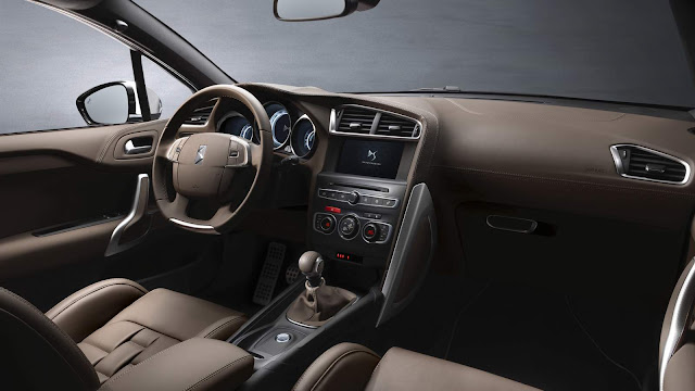 Novo Citroen DS4 2016 - interior