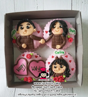 Cupcake Cantik Romantis Tema Keluarga