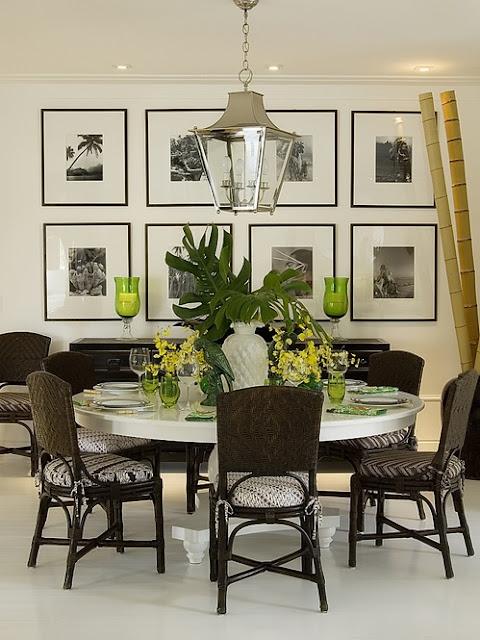 mesas redondas com cadeira de rattan