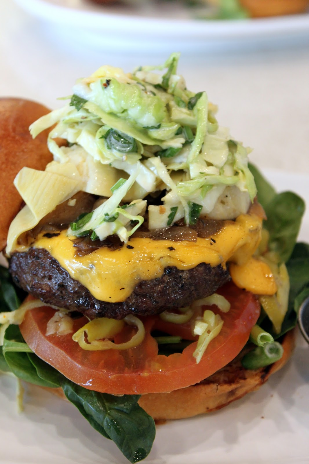 Burger - Planted Dishes - Point of Interest