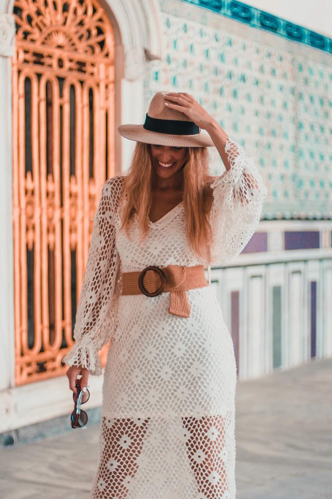 como combinar vestido crochet blanco