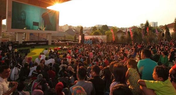 Objek Wisata taman film Bandung