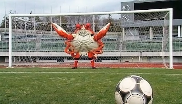 Crab as as a goal keeper