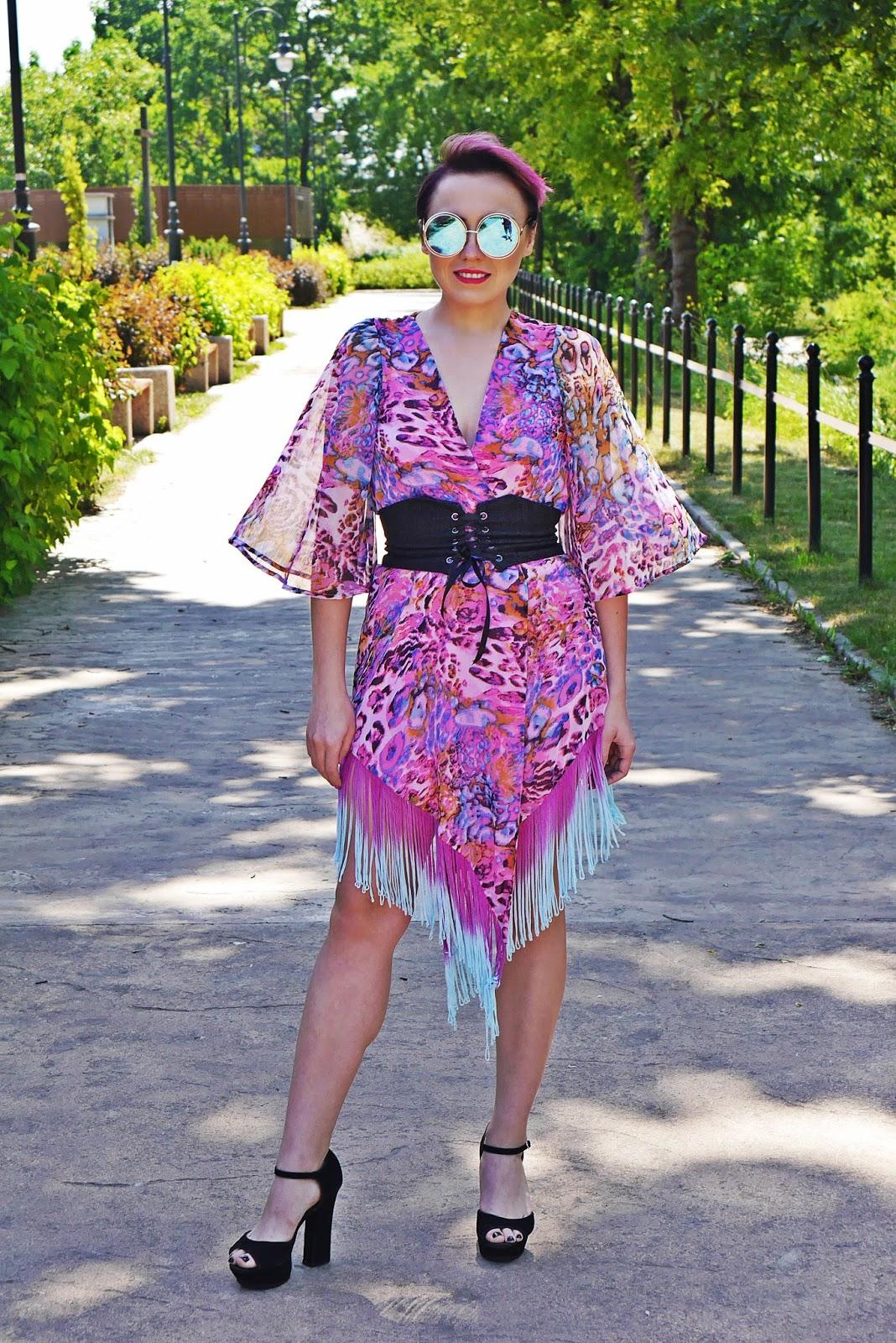 rozowe_kimono_karyn_blog_modowy_pasek_gorset_150617