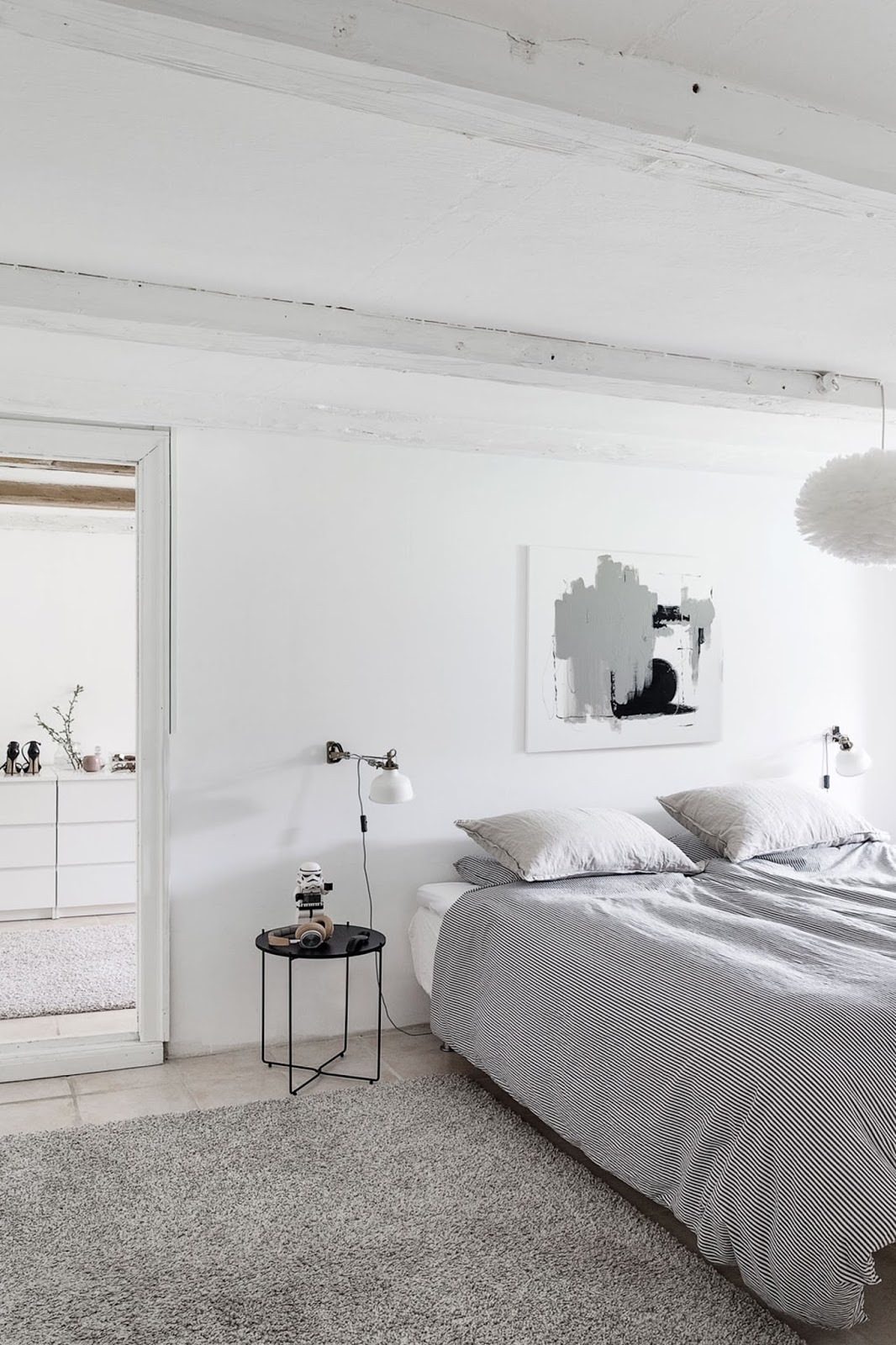 black and white interior design, nordic home, black furniture, white floor, monochrome decor, bedroom design,