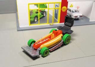 Hot Wheels Hot Dog  Street Wiener