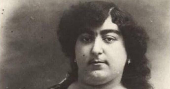 La principessa Qajar amata da più di cento uomini