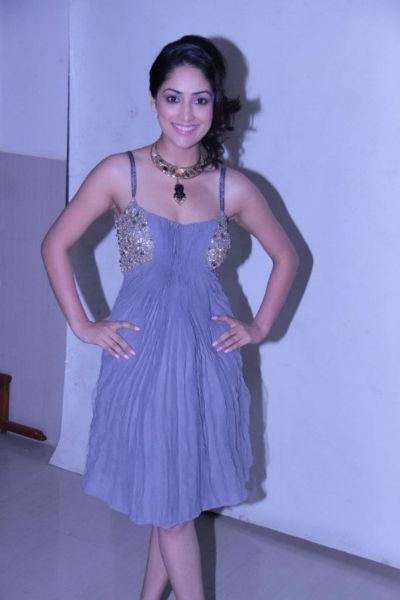 Yami Gautam Hot Looks Pics