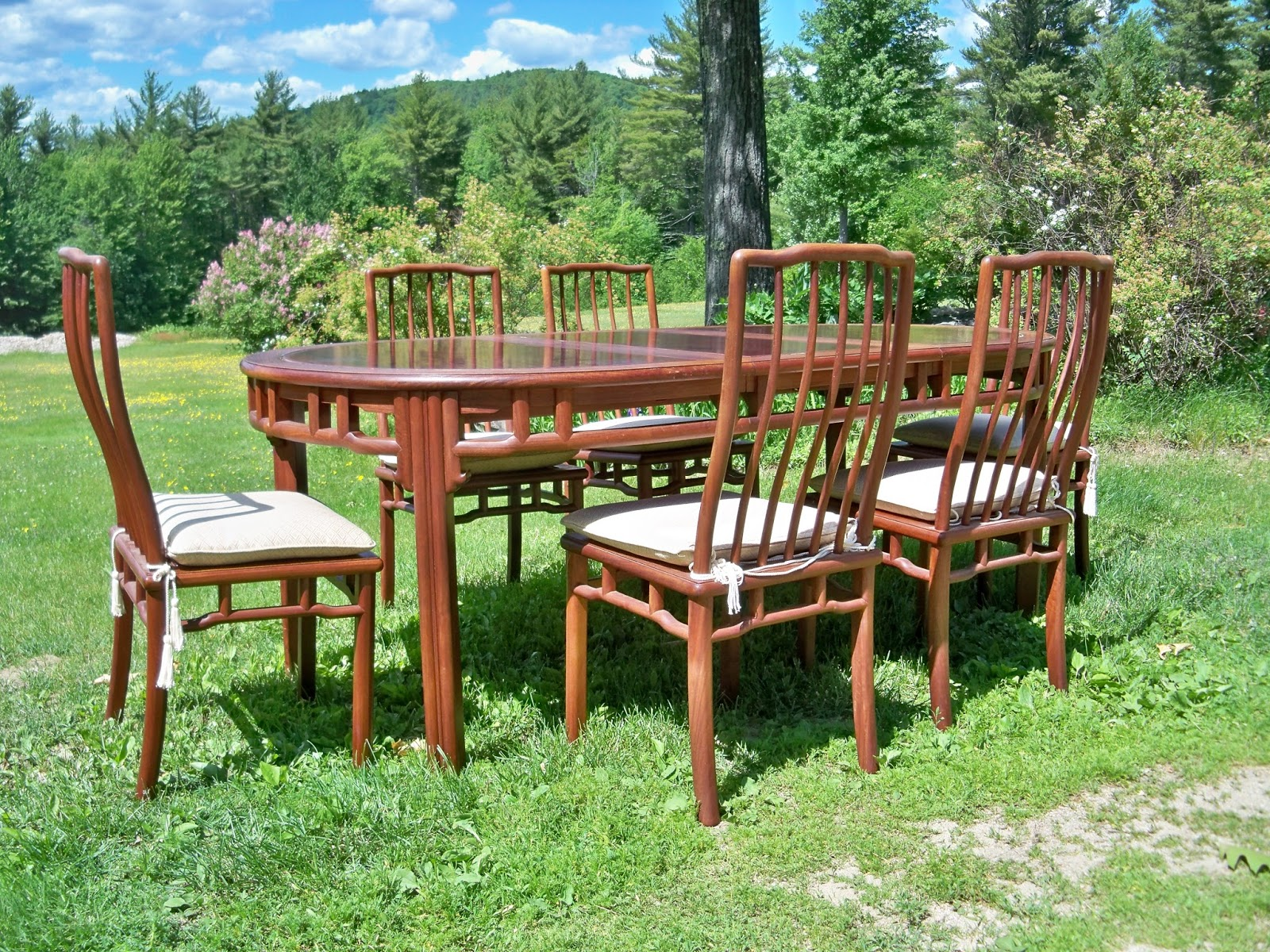 Solid Rosewood Dining Set Made In Hong Kong Mid 20th Century Excellent  Condition