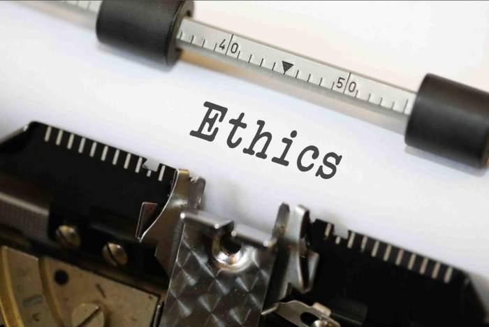 Hubungan antara Etika, Moral dan Hukum