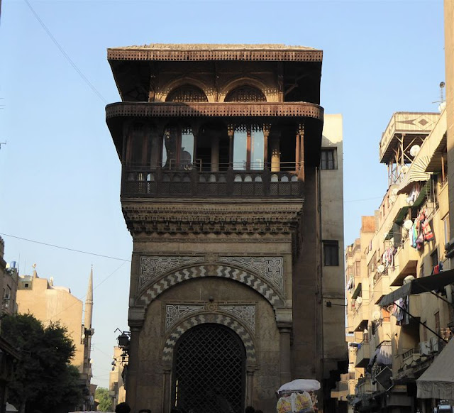 una madrasa nel suq di Khan el Khalili