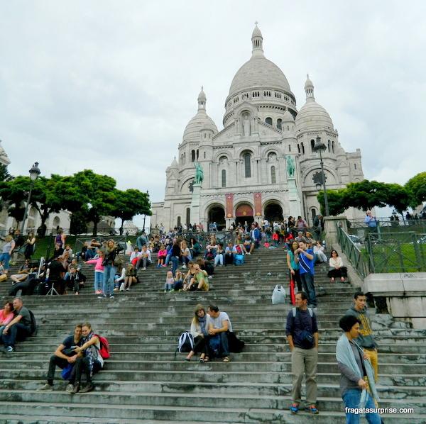 Escadaria e Basílica de Sacre Coeur, Montmartre, Paris