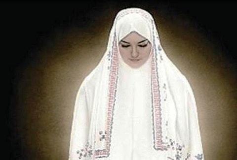ما هو زي المرأة  الشرعى في الصلاة عند مذاهب اهل السنة