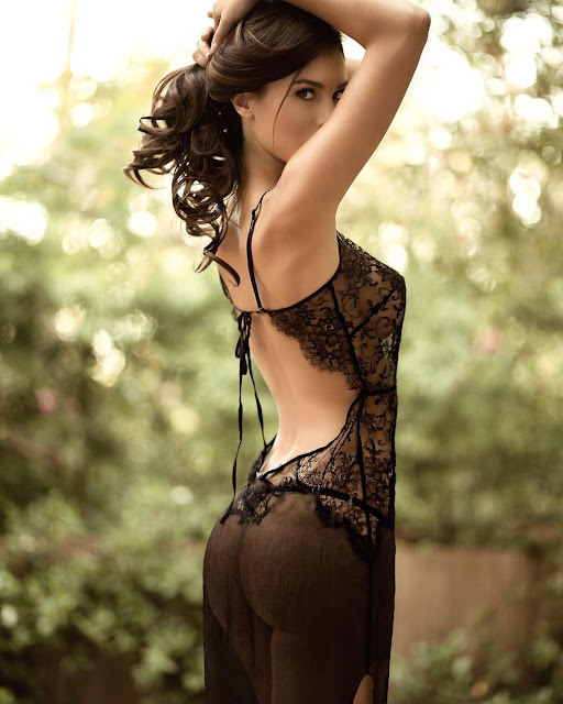 Silvia Caruso Hot Photo