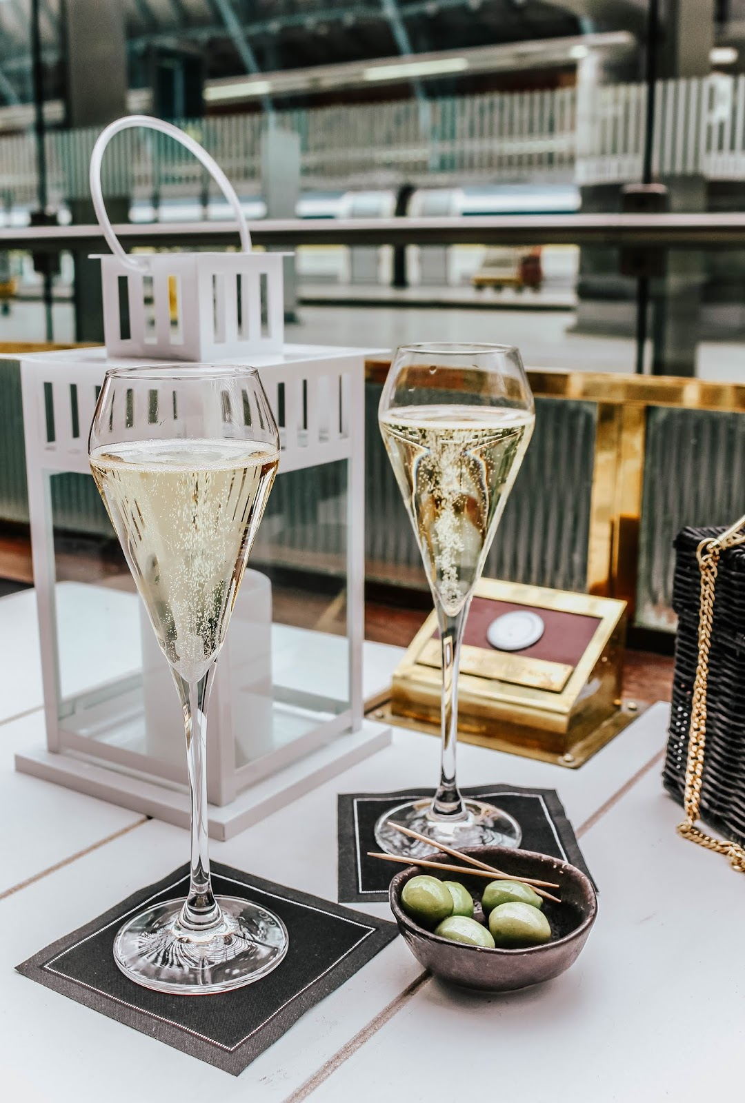 St Pancras Station Champagne Bar Blog Review