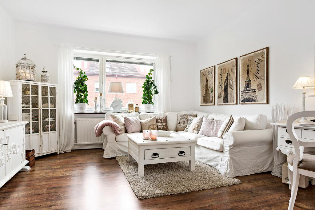 Lovely deco un grand appartement au style shabby chic for Appartement deco chic