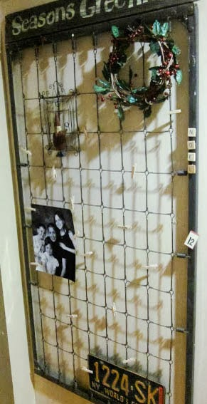 How to Make a Crib Spring Memo Board