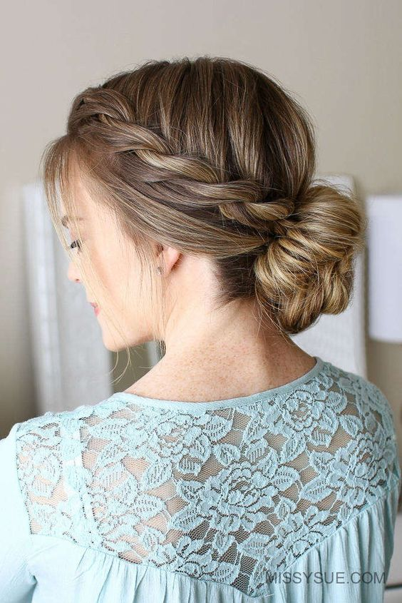 Romantic Hairstyle to Try This Fall