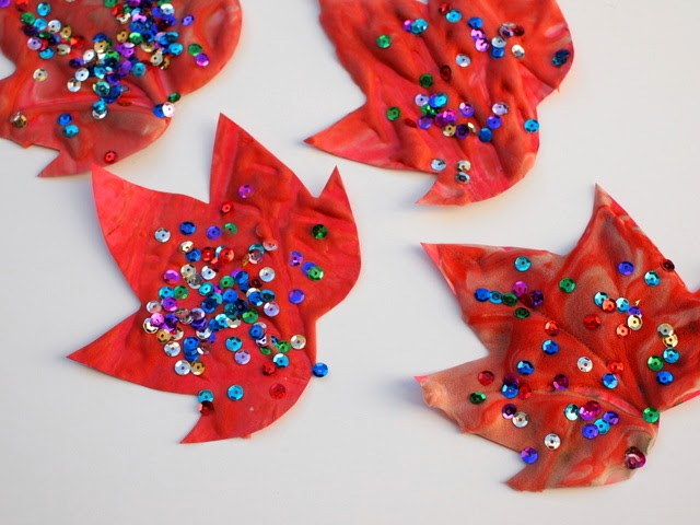 How to make homemade puffy paint fall leaves