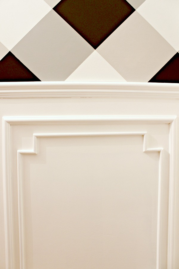 custom moulding, woodwork, gingham wall, buffalo check