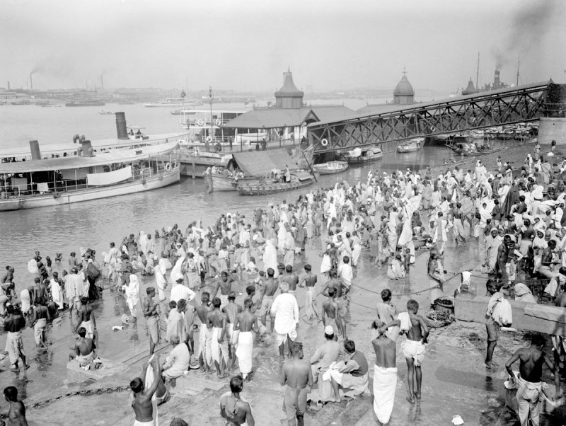 Ghats of Calcutta (Kolkata) - c1912-14