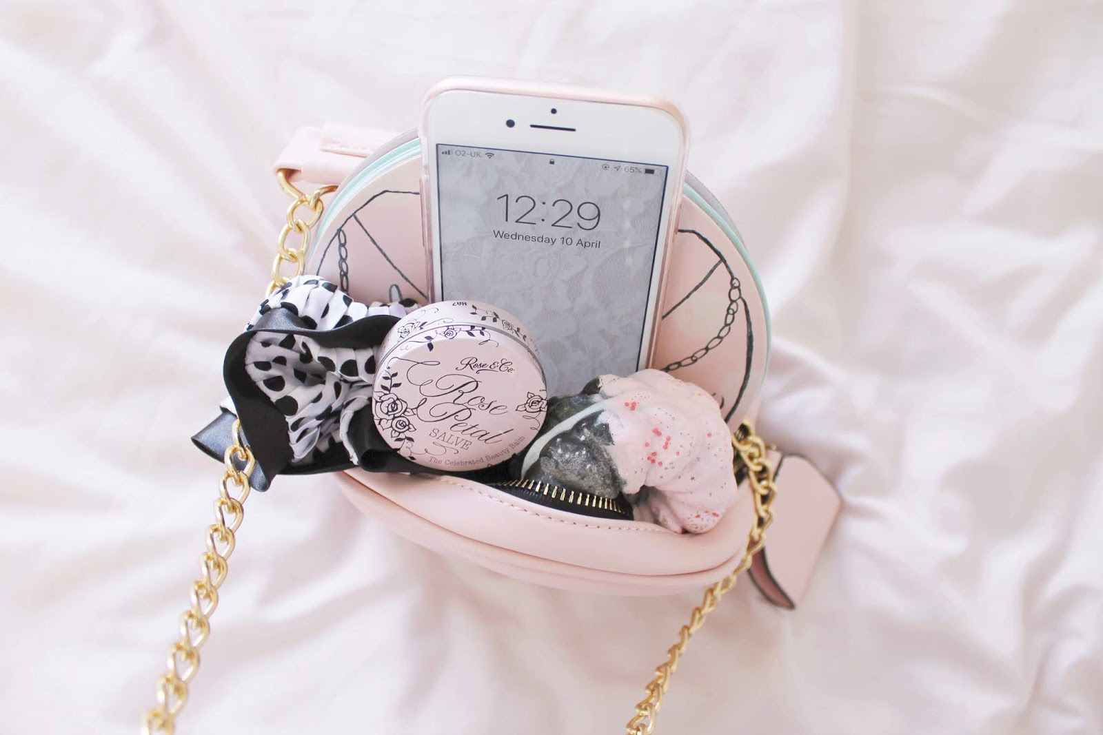 Girly self care kit whats in my bag