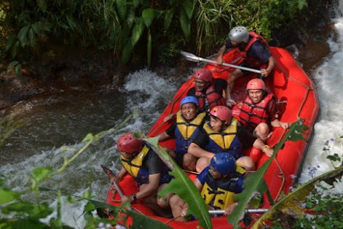 PAKET OUTBOUND RAFTING PANGALENGAN GRAVITY ADVENTURE