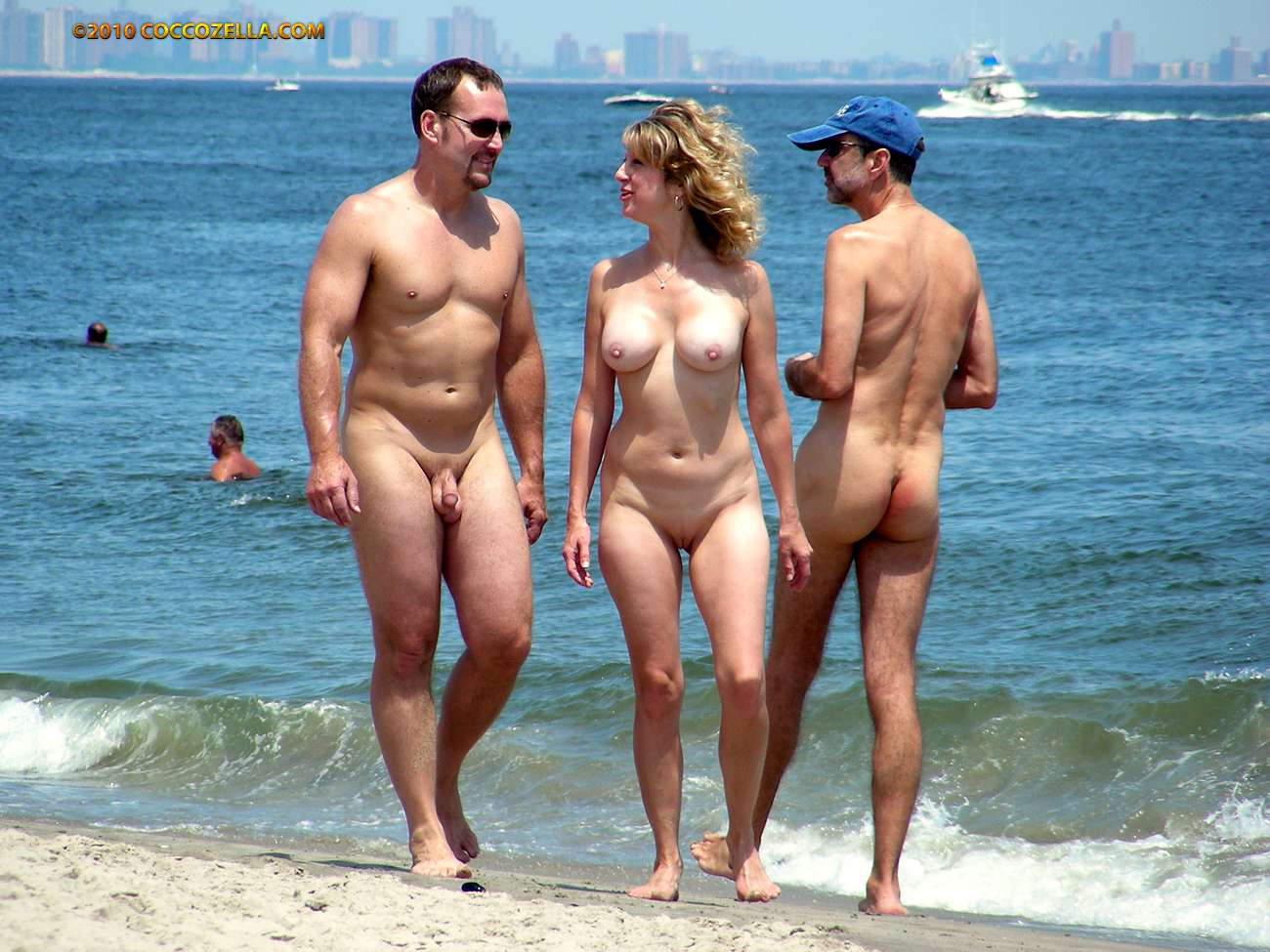 Lang nudist group