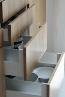 Stauraum schaffen mit Innenauszug, Schublade, Drehkarussell oder Apothekerschrank