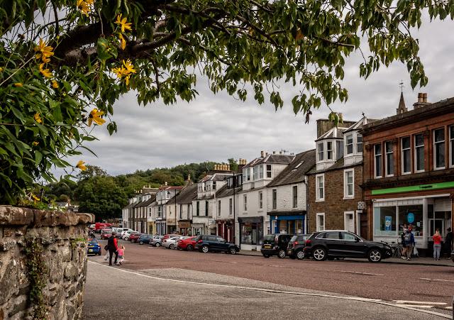 Photo of the main street through Kirkcudbright