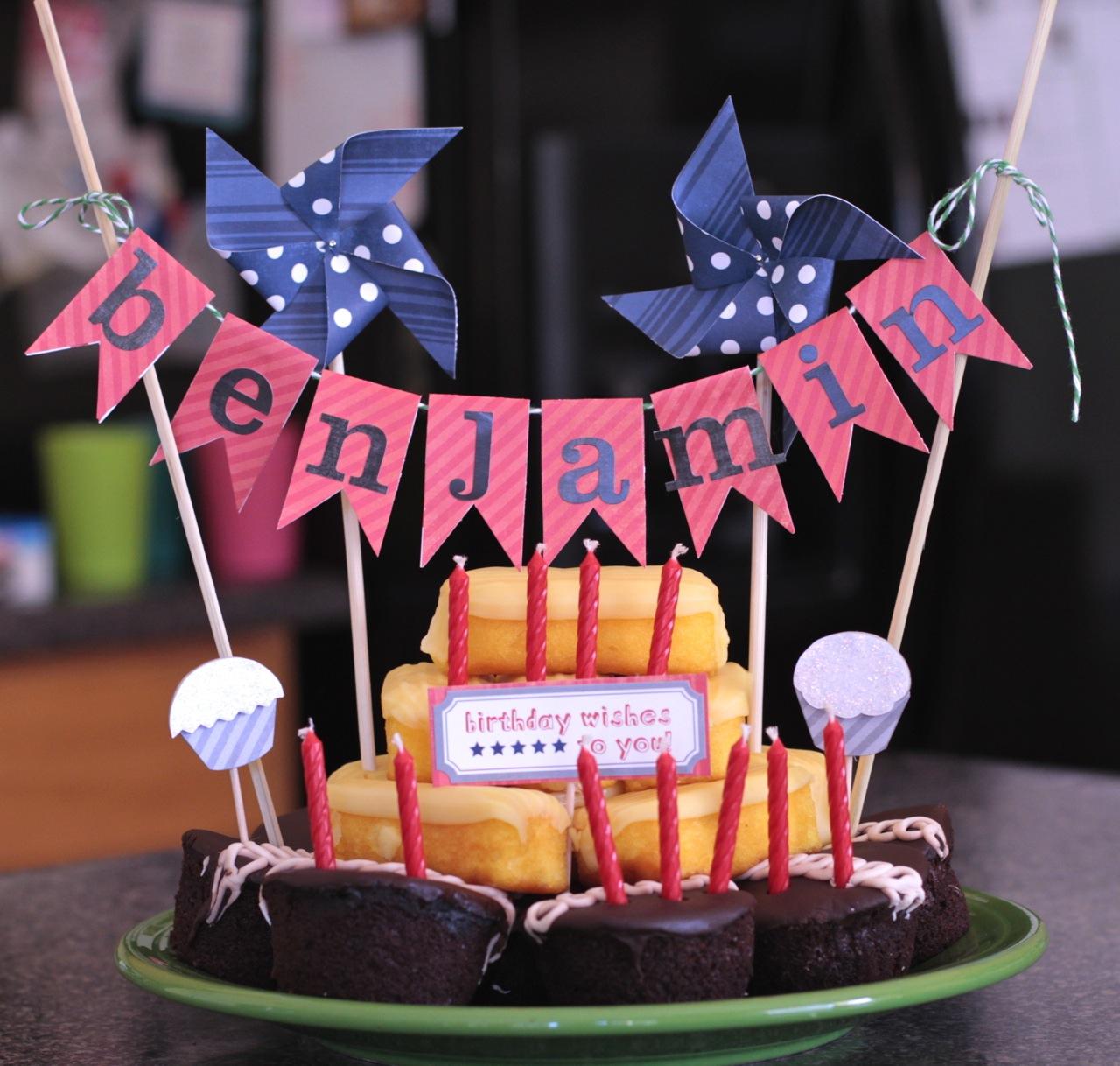 Scrappy Wonder Woman: Zinger Cakes