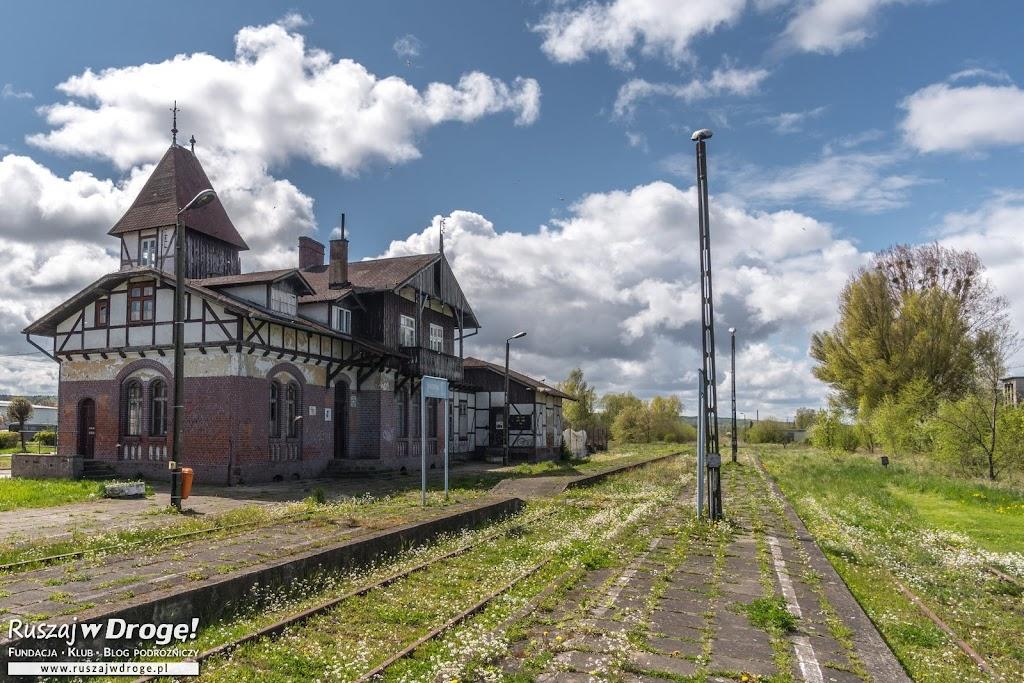 Piękny dworzec Kolejki Nadzalewowej w Tolkmicku