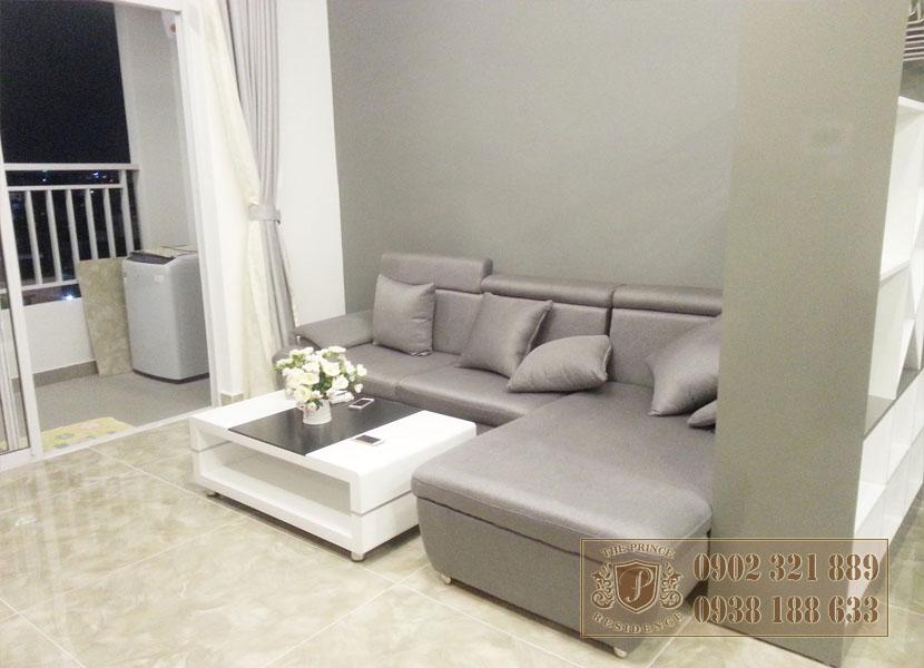 Giá bán căn hộ The Prince - sofa phòng khác