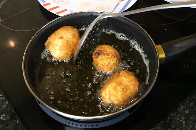 Preparación de huevos dobles