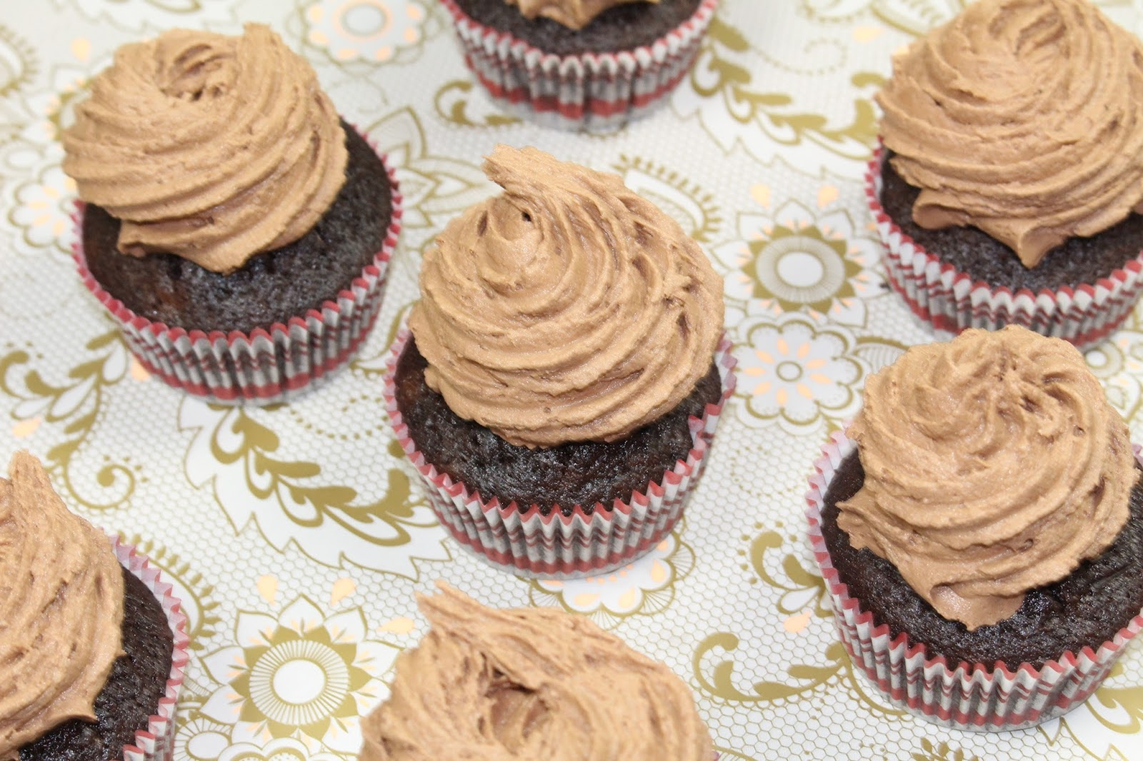 really good chocolate cupcakes
