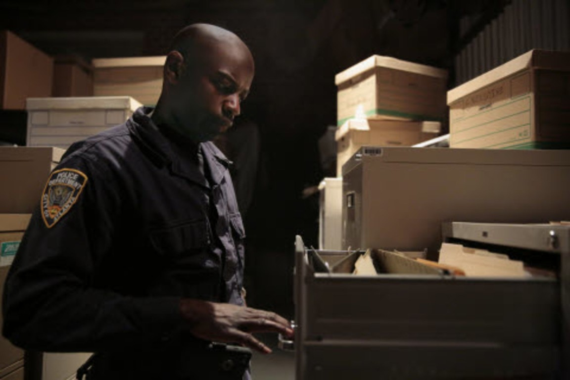 Containment - Season 1 Episode 12: Yes Is the Only Living Thing